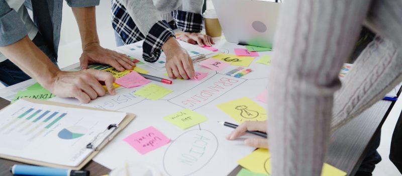 Qual estrutura interna uma empresa deve ter para contratar serviço de Comunicação Corporativa?